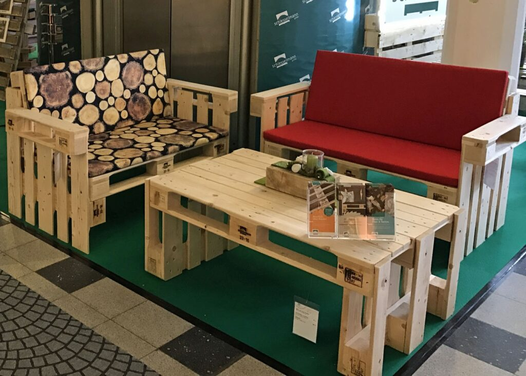 Palette Tisch Sessel